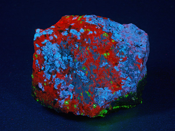 Axinite (Mn) under shortwave ultraviolet light