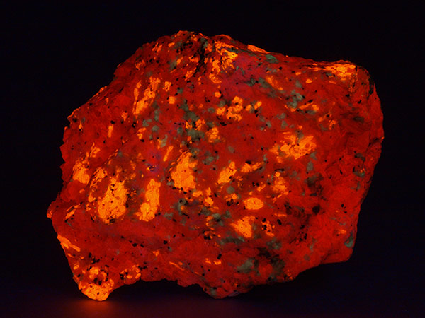 Wollastonite under shortwave-ultraviolet light